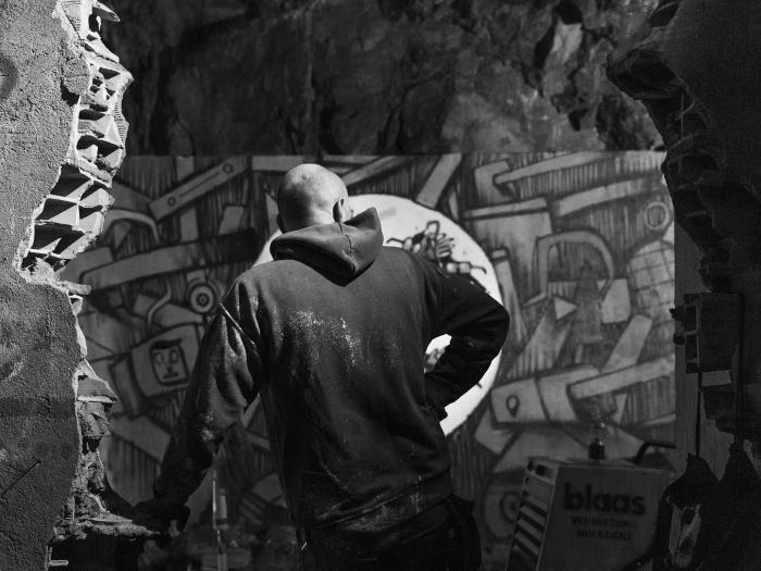 Mr. Fijodor - Bunker Walls